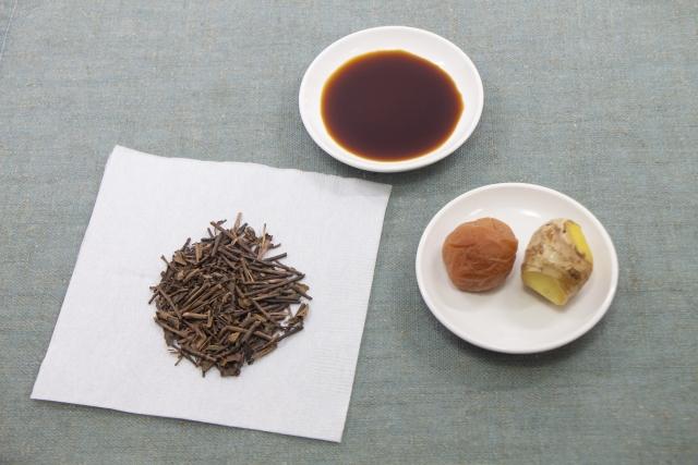 梅しょう番茶の材料